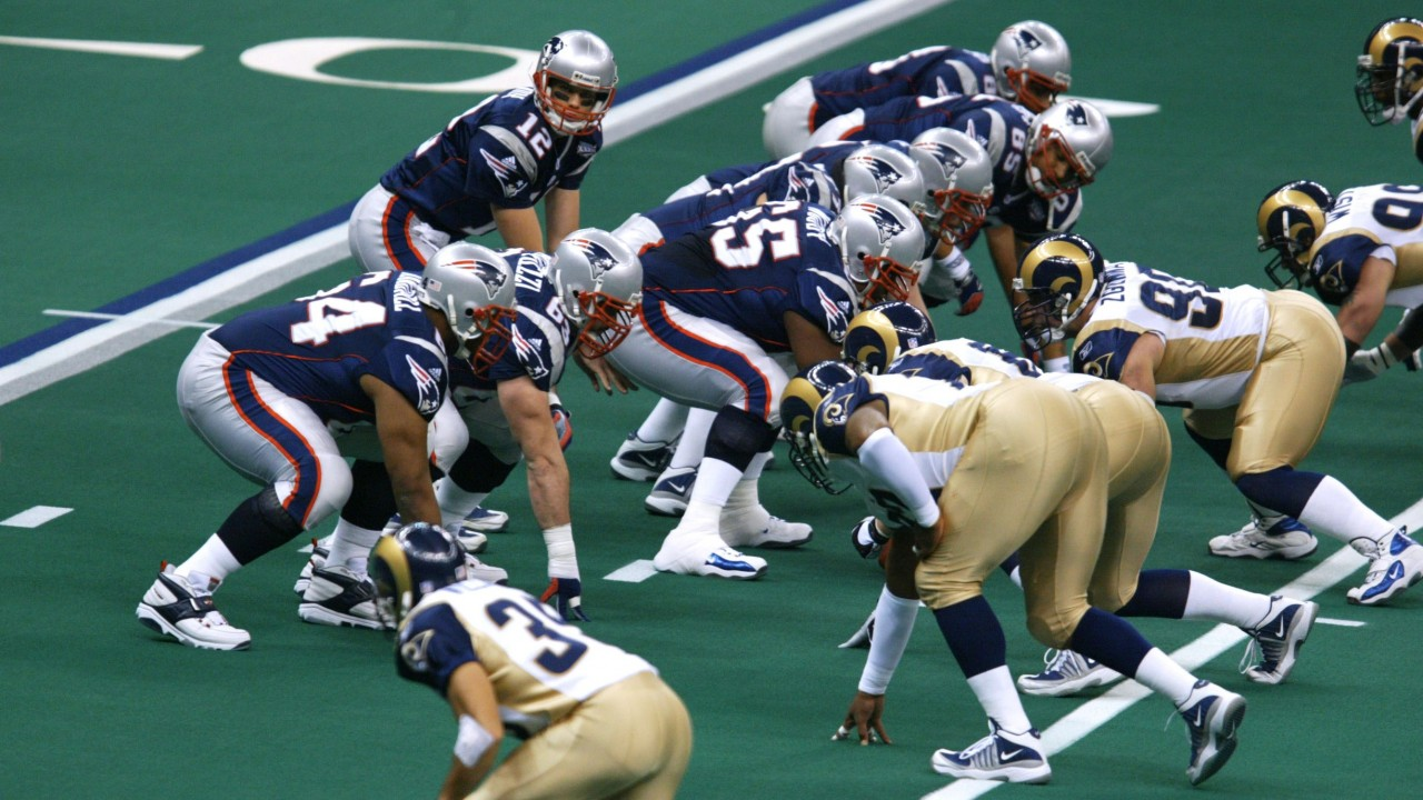 Tom Brady and the New England Patriots were 14-point underdogs in the 2002 Super  Bowl against St Louis Rams 221acc849