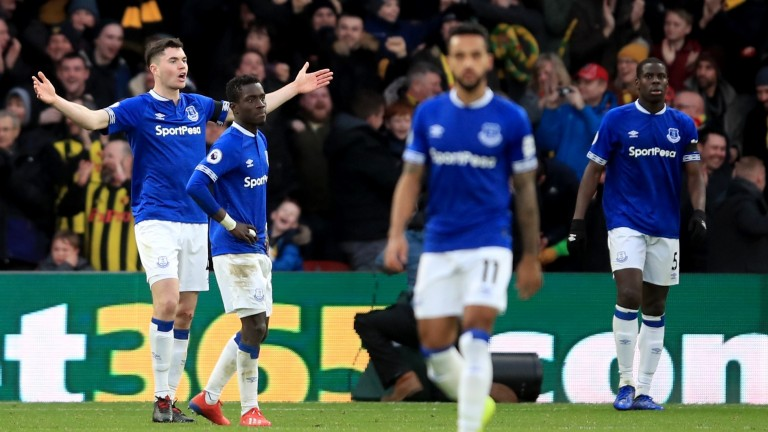 Michael Keane asks questions of his Everton teammates
