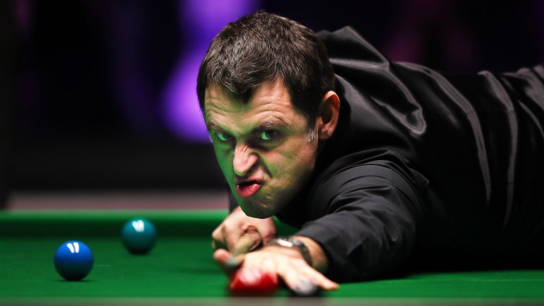 Ronnie O'Sullivan takes aim