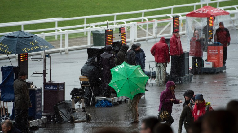 The threat of strong winds has put the second day of the Cheltenham Festival in danger