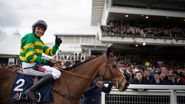 Defi Du Seuil and Barry Geraghty after landing the JLT Novices' Chase