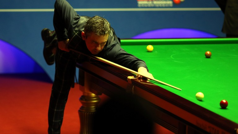 Alan McManus has dropped a total of two frames in his first two matches in China