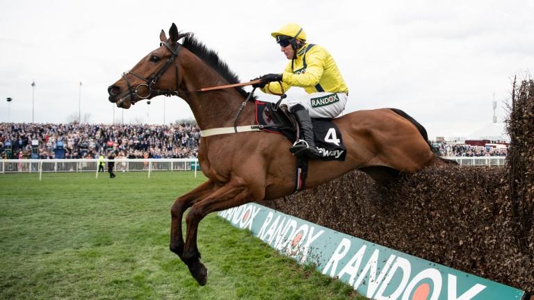 Lostintranslation won on his seasonal return at Carlisle