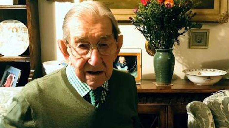 Bob Butchers: almost 40 years on Mirror racing desk