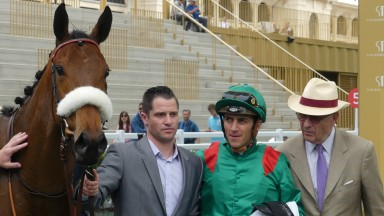 Siyarafina would need to be supplemented for the Emirates Poule d'Essai des Pouliches at a cost of €36,000 but showed her rivals a clean pair of heels in the Prix du Louvre at Longchamp on Monday