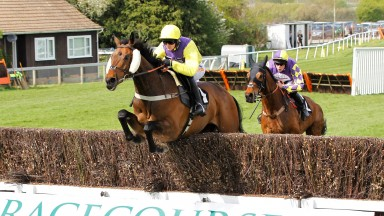 Mercian Prince and Jack Quinlan win the William Hill Sussex Champion Chase at Plumpton from Romain De Senam. 22/4/2019 Pic Steve Davies