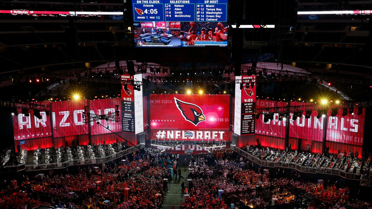 7bea58044ff The Arizona Cardinals selected QB Josh Rosen in the 2018 NFL draft but they  have the first pick this year