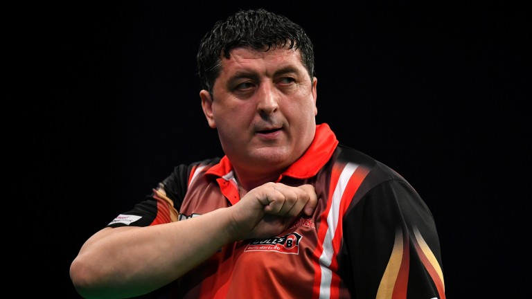 Mensur Suljovic will look to slow the game down against Michael Smith