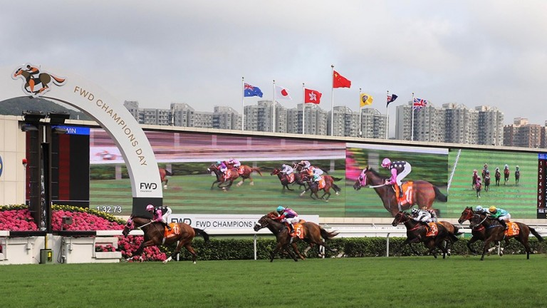 Beauty Generation and Zac Purton come home clear in the FWD Champions Mile at Sha Tin