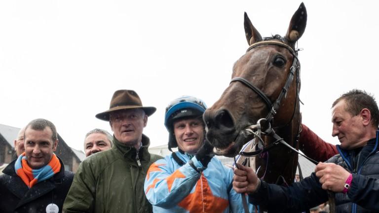 Smiles all round after Un De Sceaux's victory