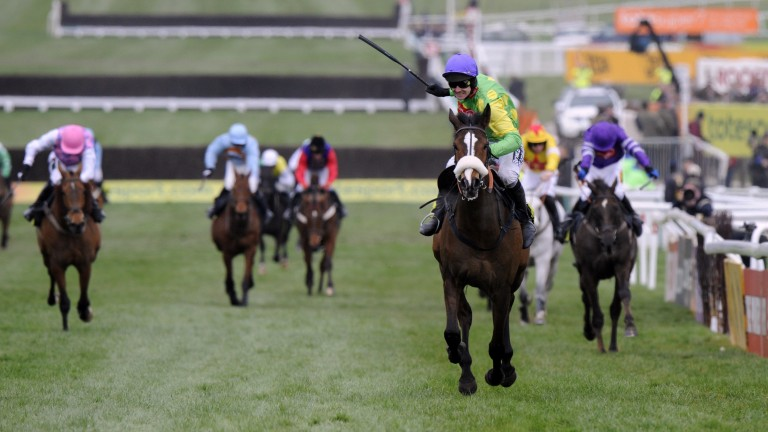 Kauto Star and Ruby Walsh win the 2009 Cheltenham Gold Cup