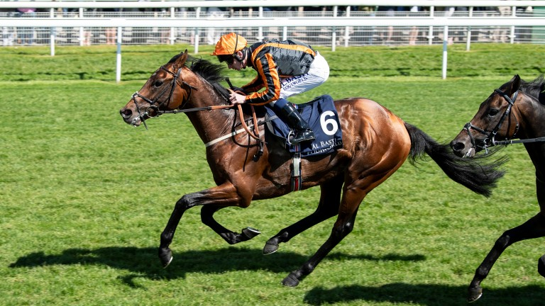 Telecaster registered a first success since last season's Dante Stakes at Longchamp on Thursday