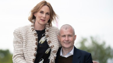 Frances Crowley with husband Pat Smullen.Leopardstown.Photo: Patrick McCann/Racing Post 17.05.2019