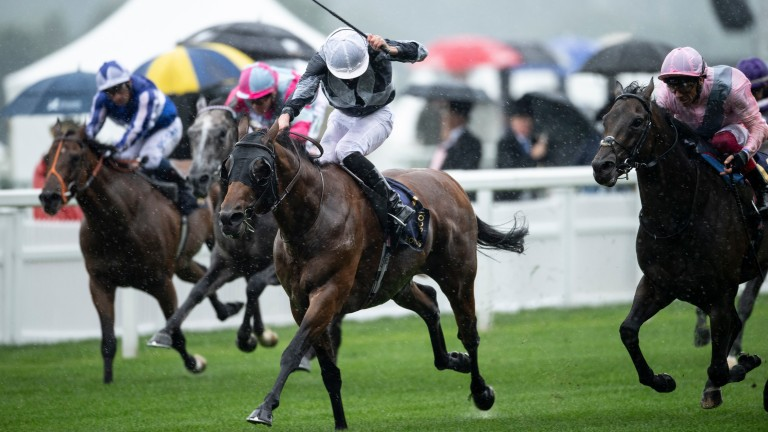 Circus Maximus storms home to land the St James's Palace Stakes