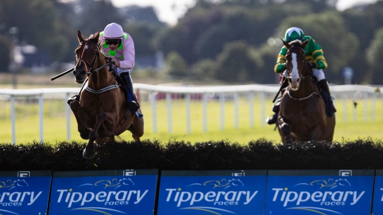 Thomas Hobson (Paul Townend,left) races away from Band Of Outlaws when taking the Kevin McManus Bookmaker Grimes Hurdle.Tipperary.Photo: Patrick McCann/Racing Post 04.07.2019