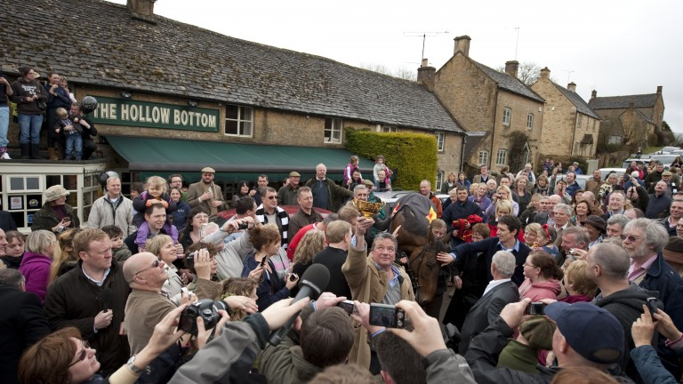 The Hollow Bottom: where Gold Cup and Grand National winners have been toasted