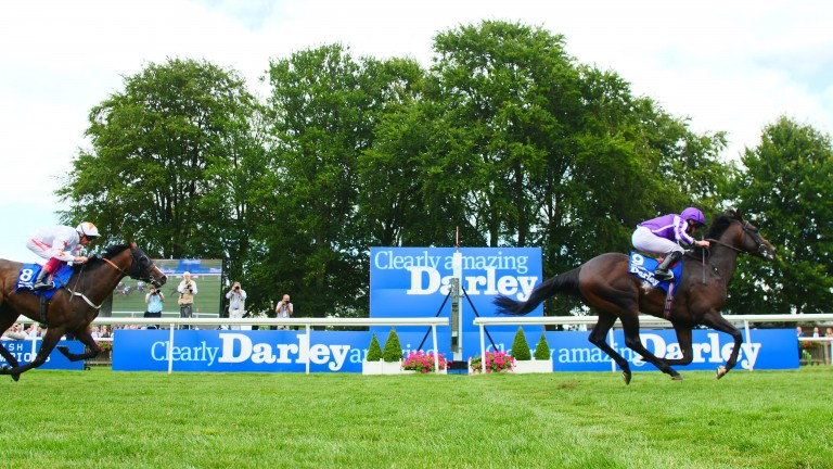 Ten Sovereigns was too good for Advertise in the July Cup