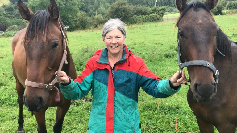Breeder Grania Barrett with the Craigsteel twins out of Kerry's Kingdom