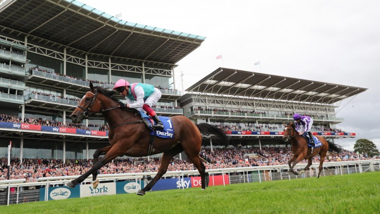 Enable staying on well at York under Frankie Dettori