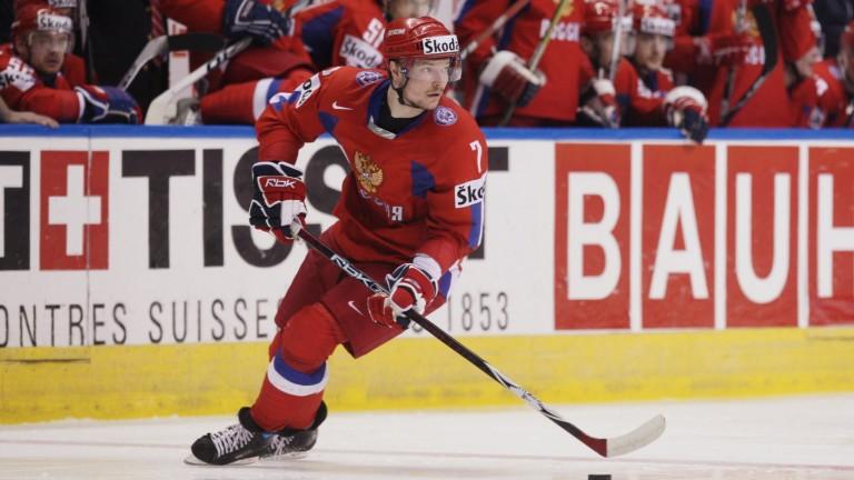Traktor Chelyabinsk defenceman Dmitry Kalinin faces his old club SKA St Petersburg
