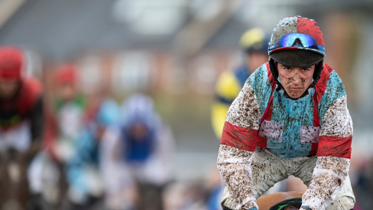 Gavin Sheehan will return to riding in time for Simply The Betts' Paddy Power Gold Cup bid on Saturday