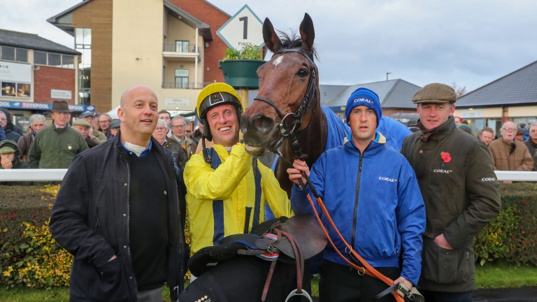 Connections celebrate Lostintranslation's victory at Carlisle