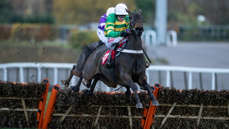 Epatante (Barry Geraghty) on the way to winning her novice hurdle at Kempton last November