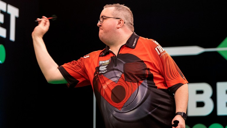 Former BDO champ Stephen Bunting is 1-3 to beat Jose Justicia