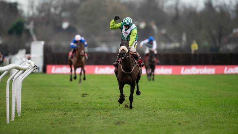 Clan Des Obeaux: bids for hat-trick of successes in the King George VI Chase