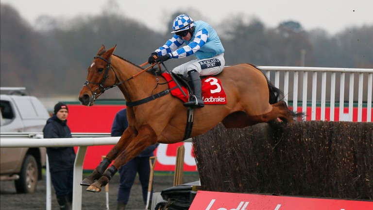 Bun Doran puts in another fine leap en route to winning the Desert Orchid Chase