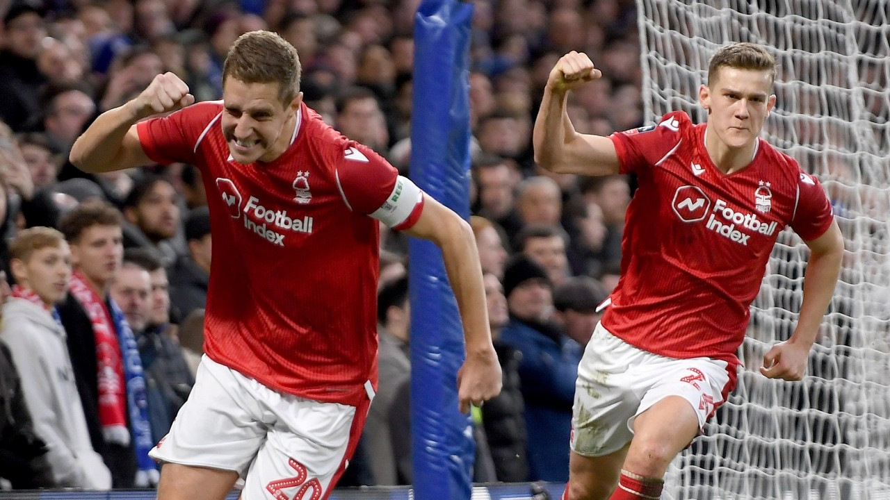 Nottingham forest v leeds betting preview the grand national 2021 betting lines