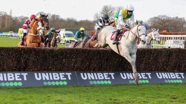 Vintage Clouds and Danny Cook lead the Peter Marsh field en route to victory