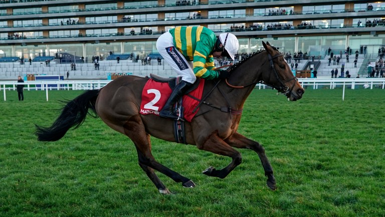 Defi Du Seuil: produces an impressive turn of foot to land the Clarence House Chase
