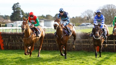 William Henry and Nico De Boinville [right] win the Stella Artois National Spirit Hurdle at Fontwell from Quel Destin [left] and Thomas Darby [centre]. 23/2/2020 Pic Steve Davies