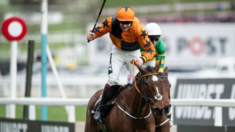 Put The Kettle On: crosses the line in front in the Racing Post Arkle