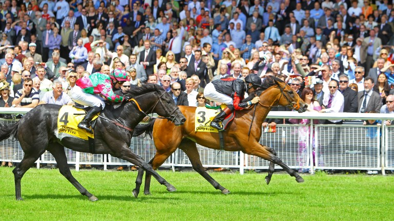Tough As Nails (left) runs Lilbourne Lad close in the Railway Stakes
