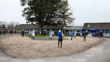 Social distancing in the parade ring at Thurles