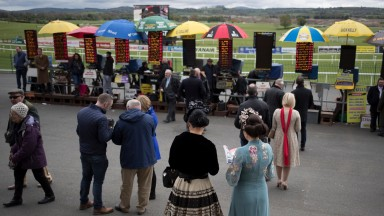 Fashion in the betting ring.Punchestown Festival.Photo:Patrick McCann 27.04.2017
