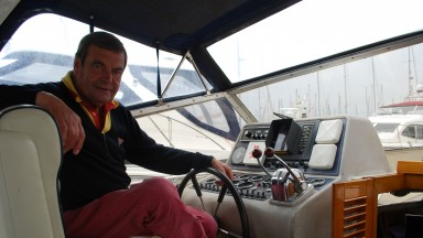 Picture 005.jpgFormer jockey Jimmy Lindley in his boat in the Solent