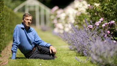 Warren Place,Newmarket 28.6.10 Pic:Edward WhitakerHenry Cecil in the gardens of Warren Place