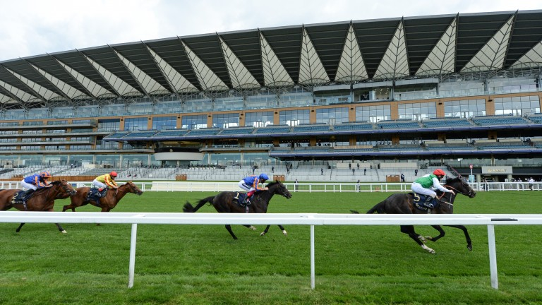 Pyledriver and Martin Dwyer win the King Edward VII