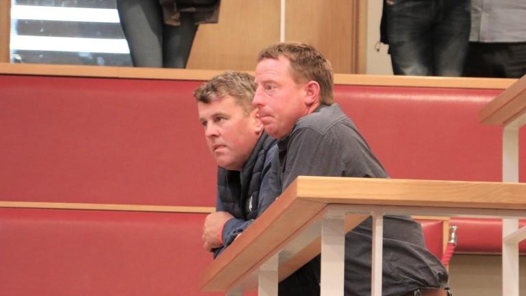 Johnny Collins (à droite): vendeur du poulain Exceed And Excel de 525 000 £