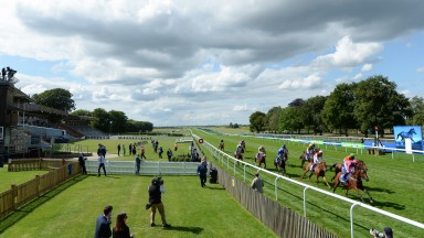 Oxted (Cieren Fallon,pink) win the Darley July Cup StakesNewmarket 11.7.20 Pic: Edward Whitaker/Racing Post