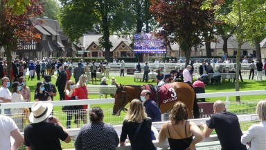 Sunshine and crowds greet the runners ahead of the Prix Amandine as Deauville reopens to the public as part of the easing of France's Covid-19 restrictions