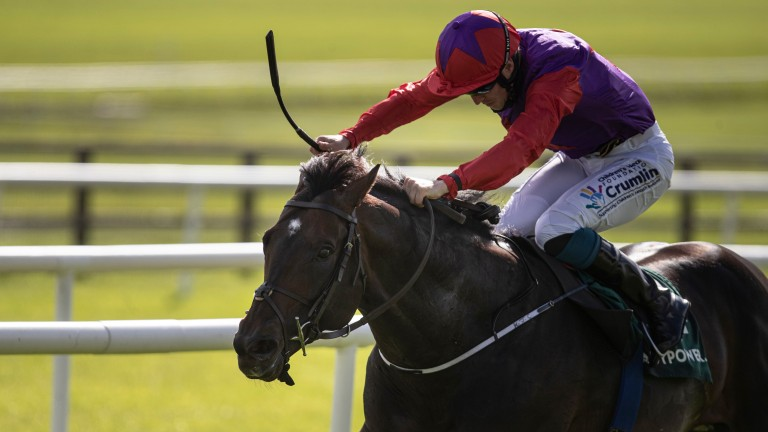 Romanised and Billy Lee landing the Paddy Power Minstrel Stakes
