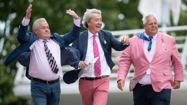 A group of owners having funGoodwood 29.8.20 Pic: Edward Whitaker/Racing Post