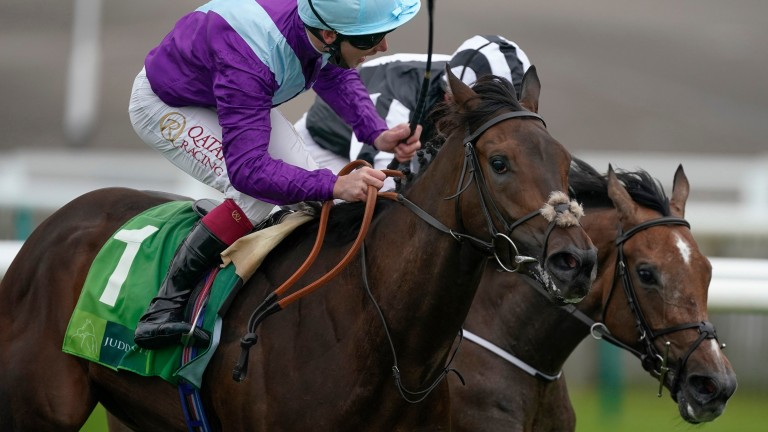 Oisin Murphy roars back to his best on Alcohol Free (near side) in the Cheveley Park