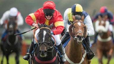 Knight Commander gives Katie Powell her 1st win under rules on her 1st ever ride as well when landing div1 of the 2m amateur jockeys hurdle raceExeter 20.10.20 Pic: Edward Whitaker/Racing Post