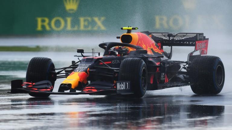 Alexander Albon splashes his way around the Istanbul Park circuit in qualifying