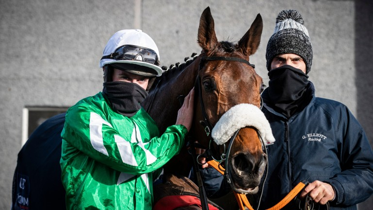 Jack Kennedy poses with Presenting Percy after winning the boomerang.ie Chase at Thurles